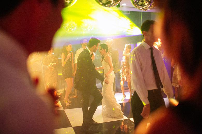 Foto de casamiento con luz natural
