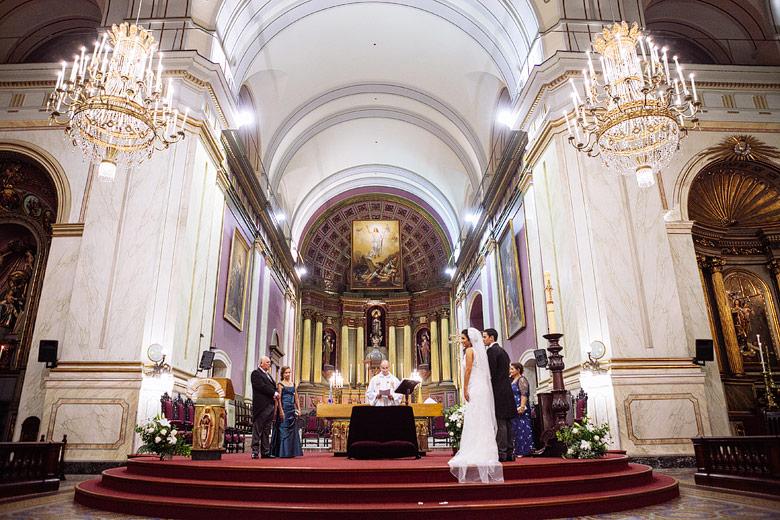 Foto de Boda en la Catedral de Montevideo, Uruguay