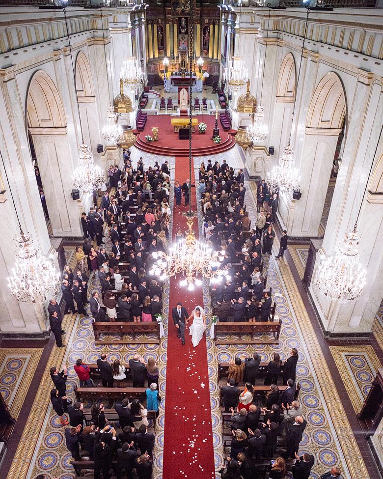 Fotografia aerea de casamiento en catedral de montevideo