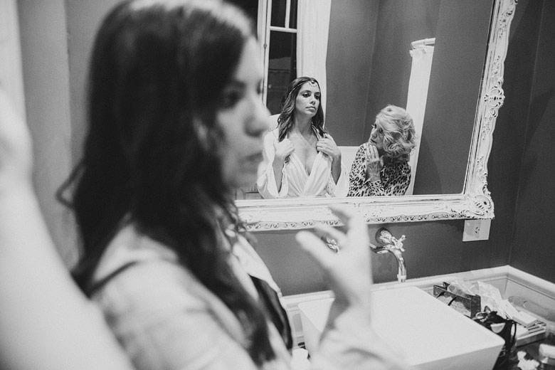 Fotos espontáneas del getting ready de la novia