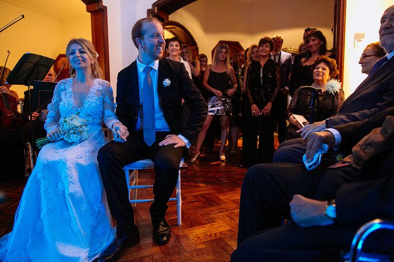Ceremonia religiosa de casamiento en casa de familia