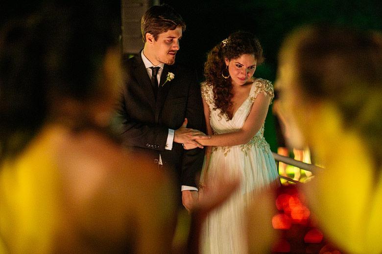 Ceremonia nocturna de casamiento en Estancia La Linda