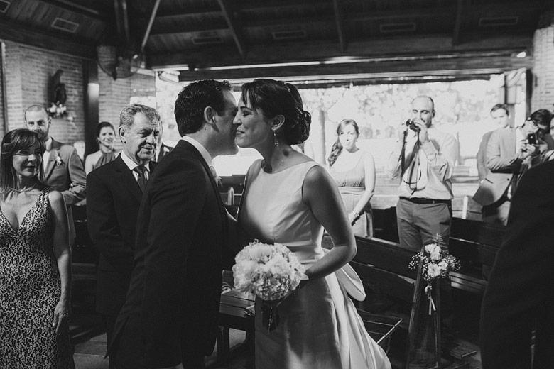 boda en la iglesia santa teresita en colegio moorlands pilar