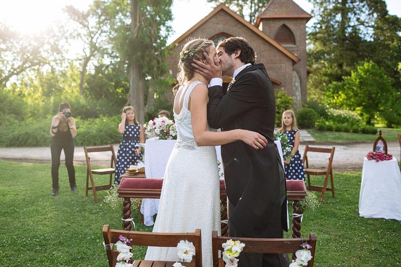 fotos de casamientos de dia en Estancia Santa Elena