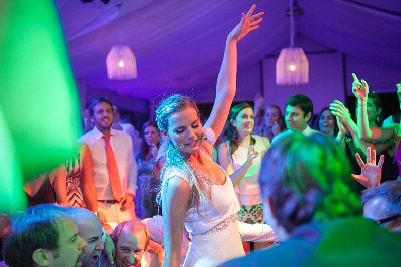 fotos de casamiento con colores saturados