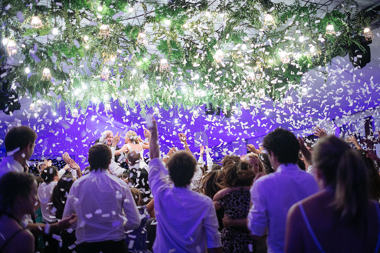 fotos de baile en casamiento en estancia santa elena
