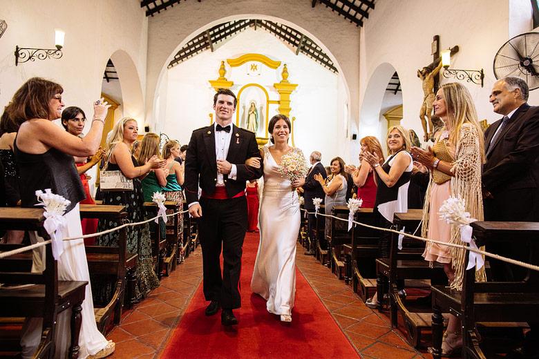 fotos de boda de dia en la parroquia inmaculada concepcion de Tigre