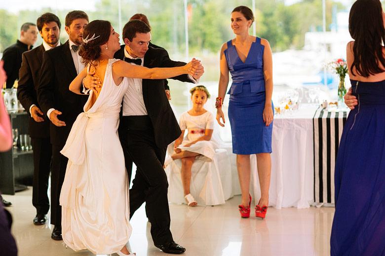 fotos divertidas del vals en casamiento