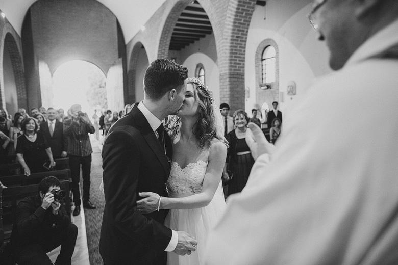fotos de una boda en la iglesia de la parroquia san luis gonzaga