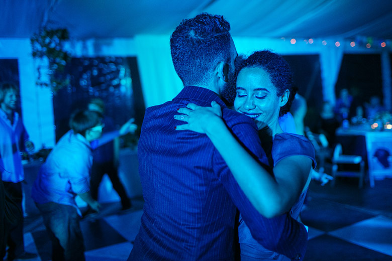 dance wedding photos with no flash