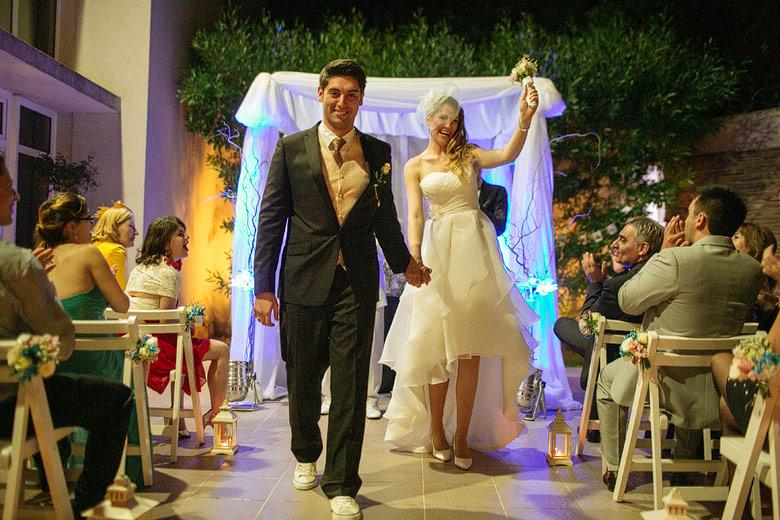 ceremonia de casamiento nocturna en espacio idear