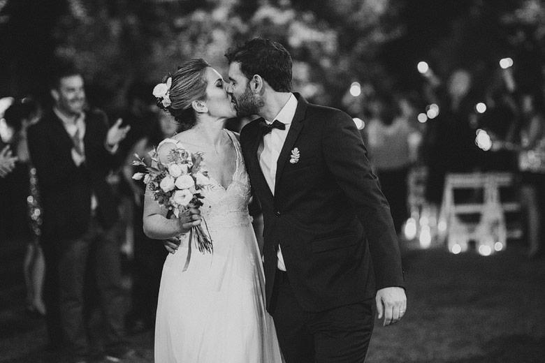 artistic style wedding photographer