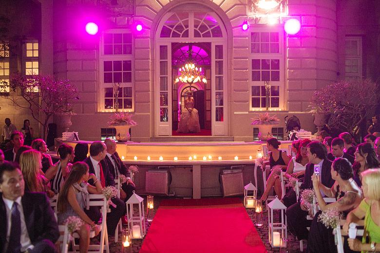 entrada de la novia en ceremonia en palacio bencich
