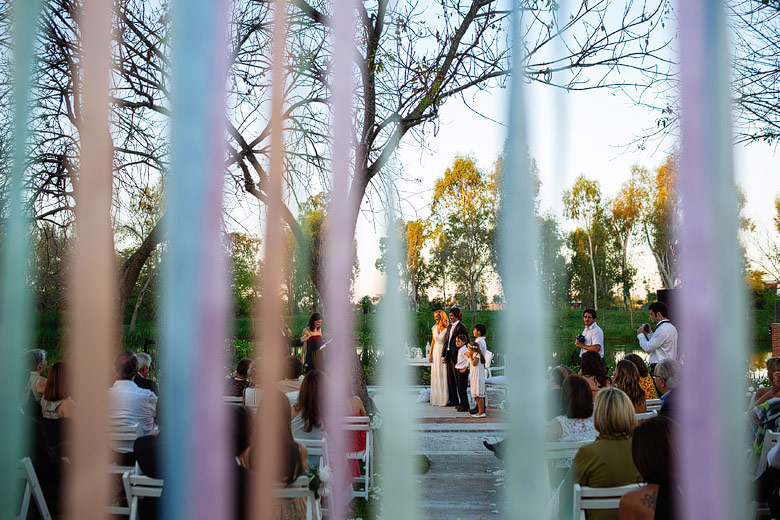 ceremonia de boda de tarde en astilleros milberg