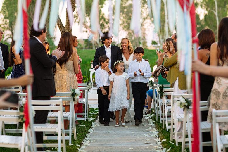 ceremonia de casamiento no convencional en astilleros milberg