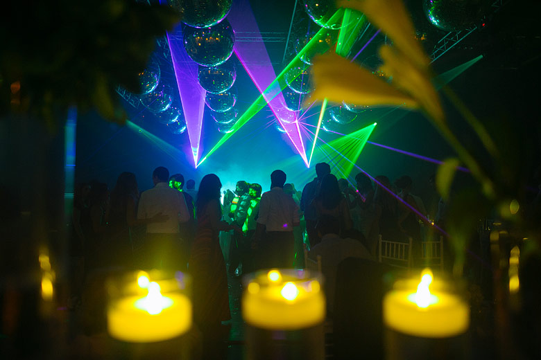 show de lasers en astilleros milberg