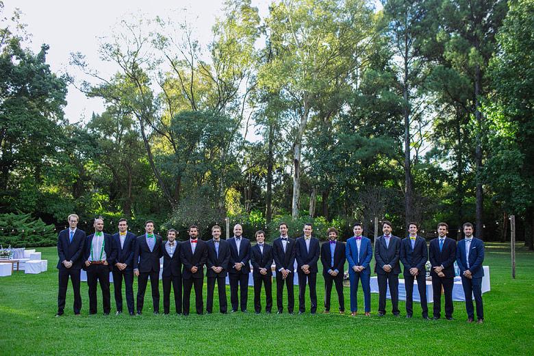 fotos de los groomsmen en casamiento de dia