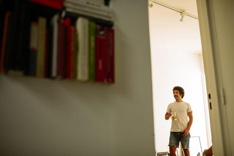 fotos del backstage de la preparacion del novio