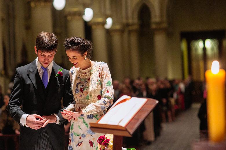 fotos de casamiento en la catedral de san isidro