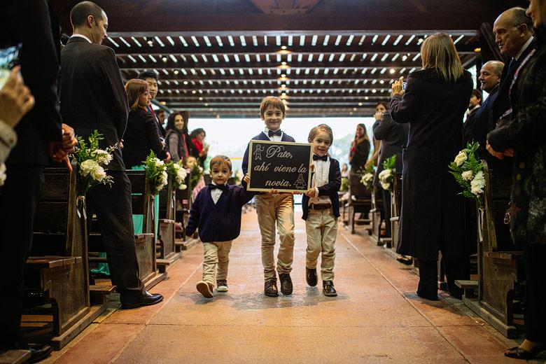 cortejo nenes casamiento