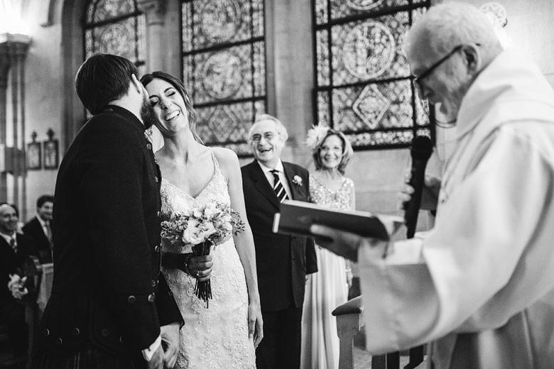 spontaneous wedding photos